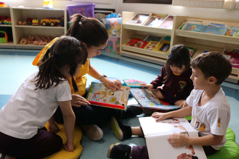 alfabetização infantil no Colégio Stocco de Santo André